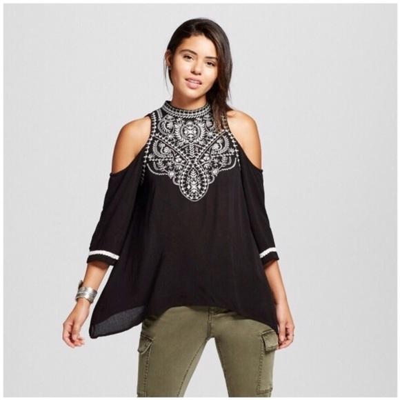 7fd901dd0413c Xhilaration Black Cold Shoulder Embroidered Top